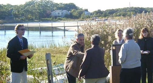State Officials hand out Buzzards Bay 2004 Mini-grants